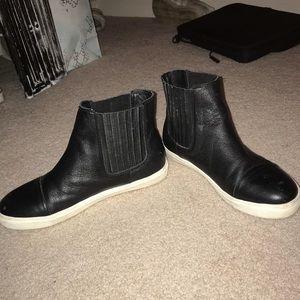 Black Leather Steve Madden Ankle Boots
